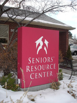 senior-resoure-center-sign