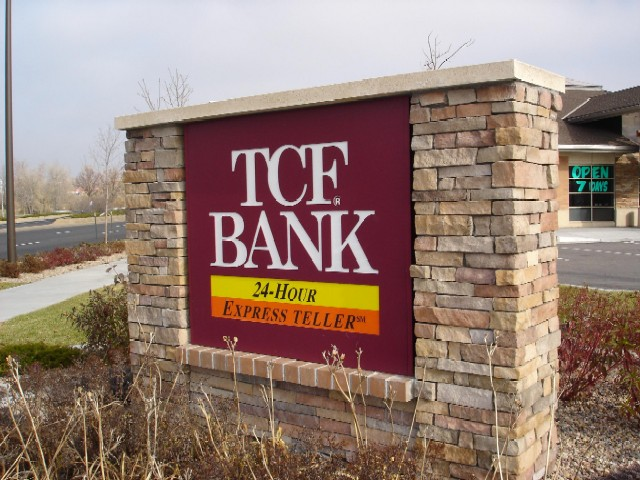 tcf-bank-monument-sign