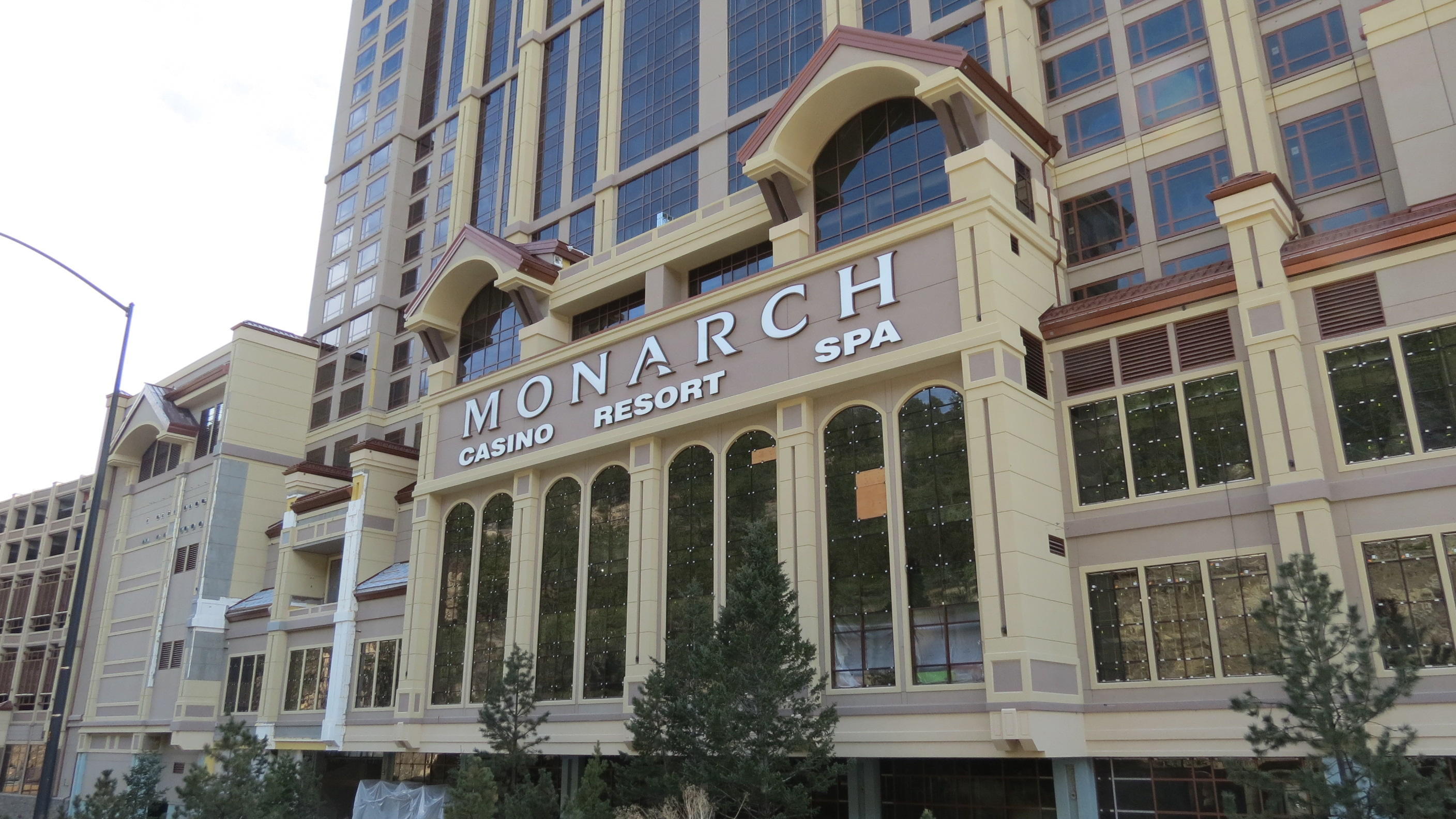 MONARCH CASINO