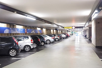 multi-storey-car-park-1271917_640.jpg