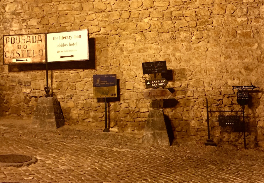 Local signs in Obidos