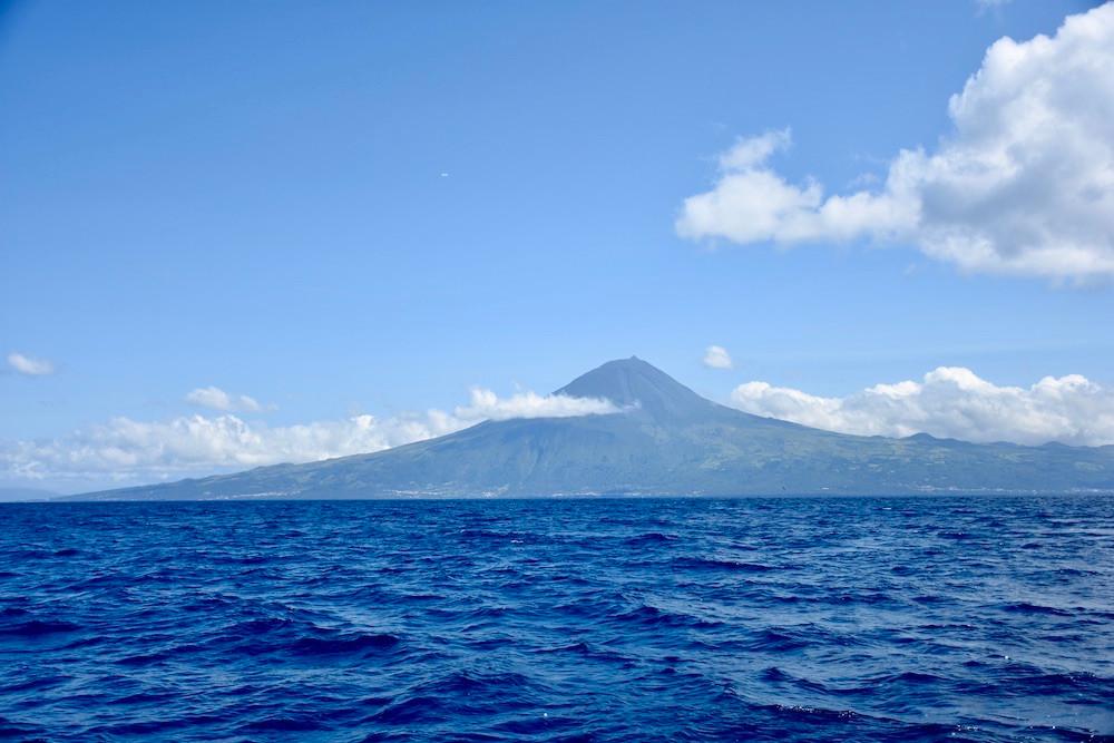 Pico's iconic volcano, Montanha do Pico/Mount Pico