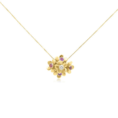 9ct Gold cluster necklace and Gemstones