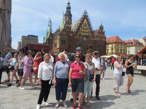 2019 06 23 13 groupe Wroclaw.JPG