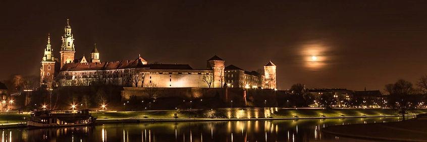 krakow w noce.jpg