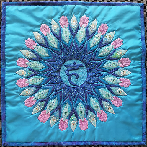 """""""5. Throat Chakra Mandala"""" Pillow / DST-pattern w. interfacing"""