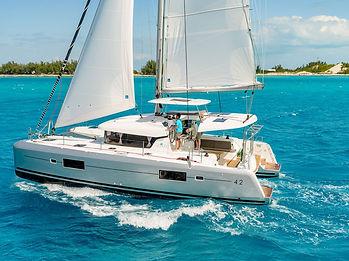 anyachting_catamaran_lagoon_42_01-scaled