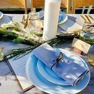 table setting.jpg