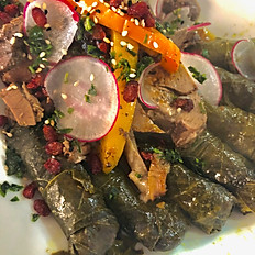 Lamb roast with grape leaves