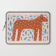 red-horse3213284-laptop-sleeves.jpg