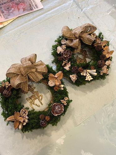 2017年11月25日  ミサワホームイングさんのイベントで「クリスマスリースレッスン」をさせていただきました。厚木のTOTOさんのショールームにて