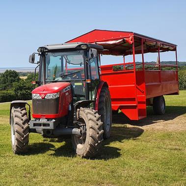 STANDARD_tractor_1.jpg