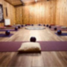 STANDARD_yoga_004.jpg