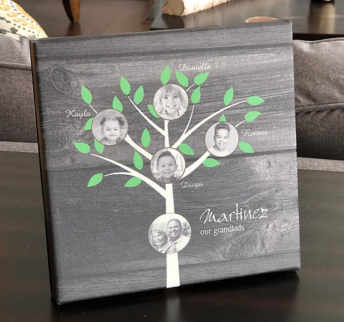 Grandkids Canvas, Traditional Tree