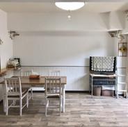 壁漆喰、床クッションフロア施工