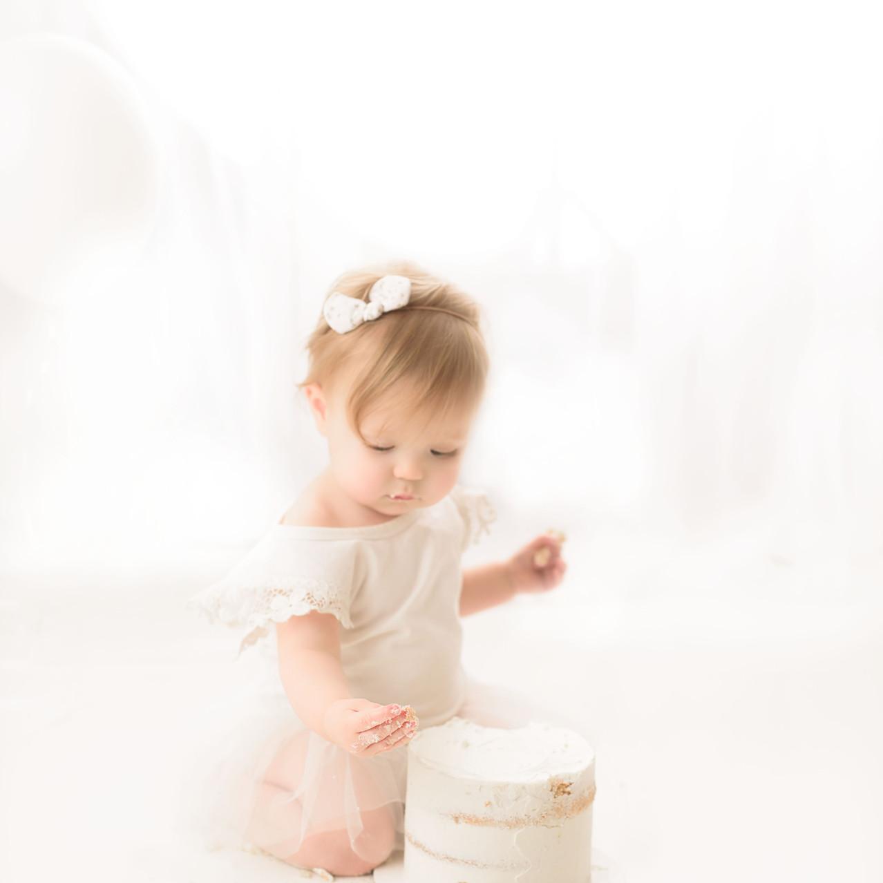 Sidney BC Cake Smash Studio Photographer
