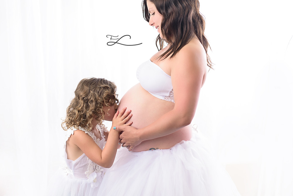 Fawn Lily Photography Sidney BC Maternity Photographer