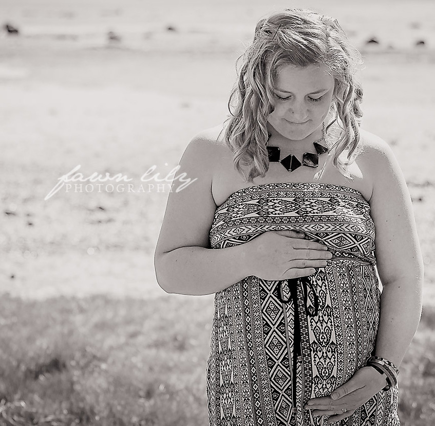 Fawn Lily Photography Maternity 25