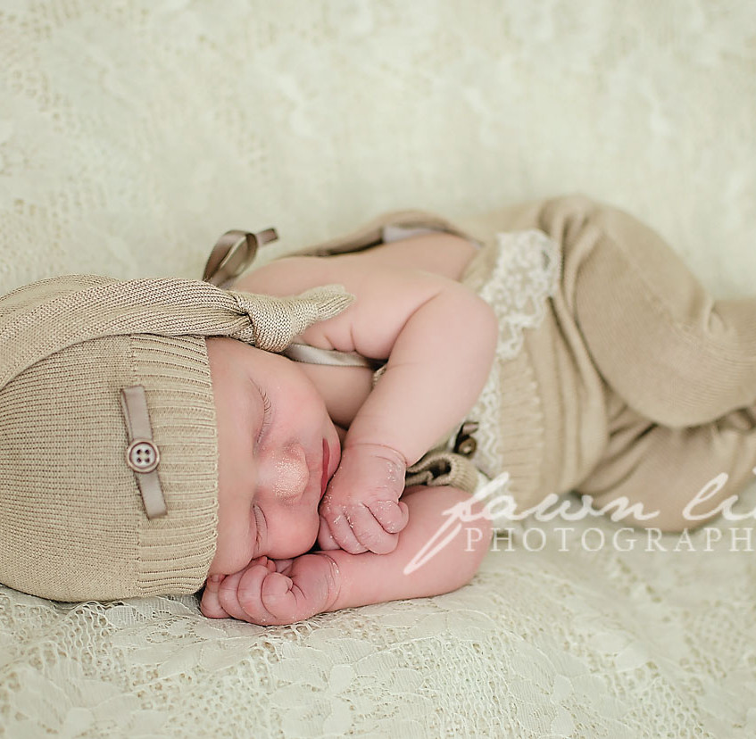 Fawn Lily Photography Newborn 8