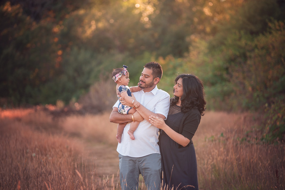 fawn lily photography, victoria bc family photographer, family photos with a baby girl