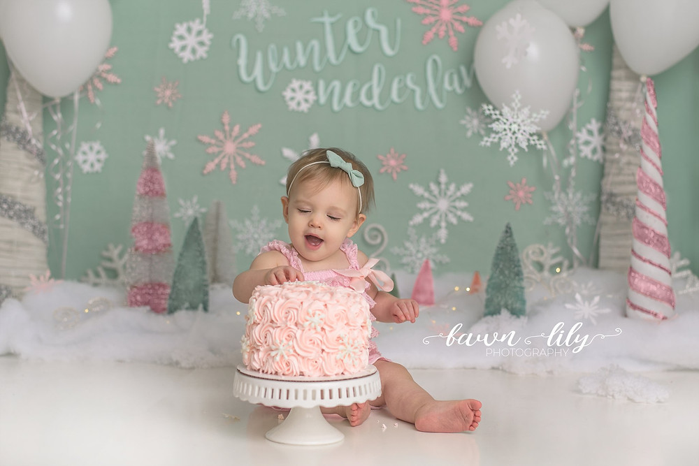 Winter Wonderland Cake Smash, Cake Smash Photographer, Sidney BC Cake Smash Photographer