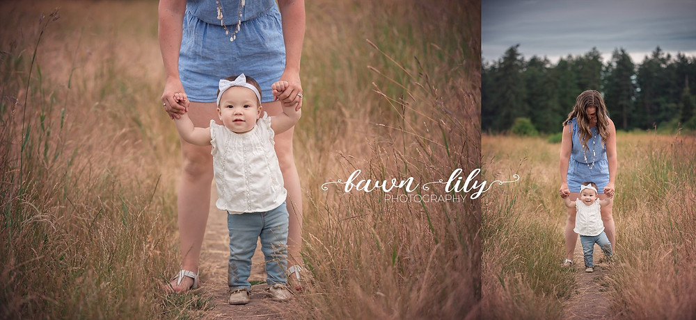 Sidney BC photographer, Victoria BC family photographer, learning to walk, mommy and babe, Family photography BC