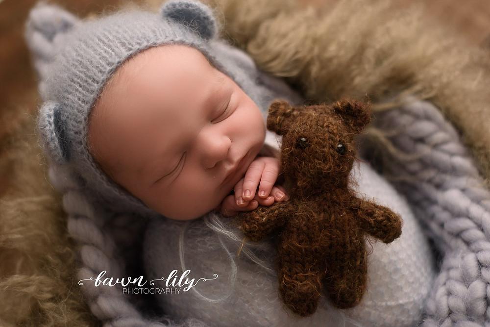 Victoria BC Newborn Photographer, Baby and Bear, Newborn Photo, Sidney BC, Victoria BC