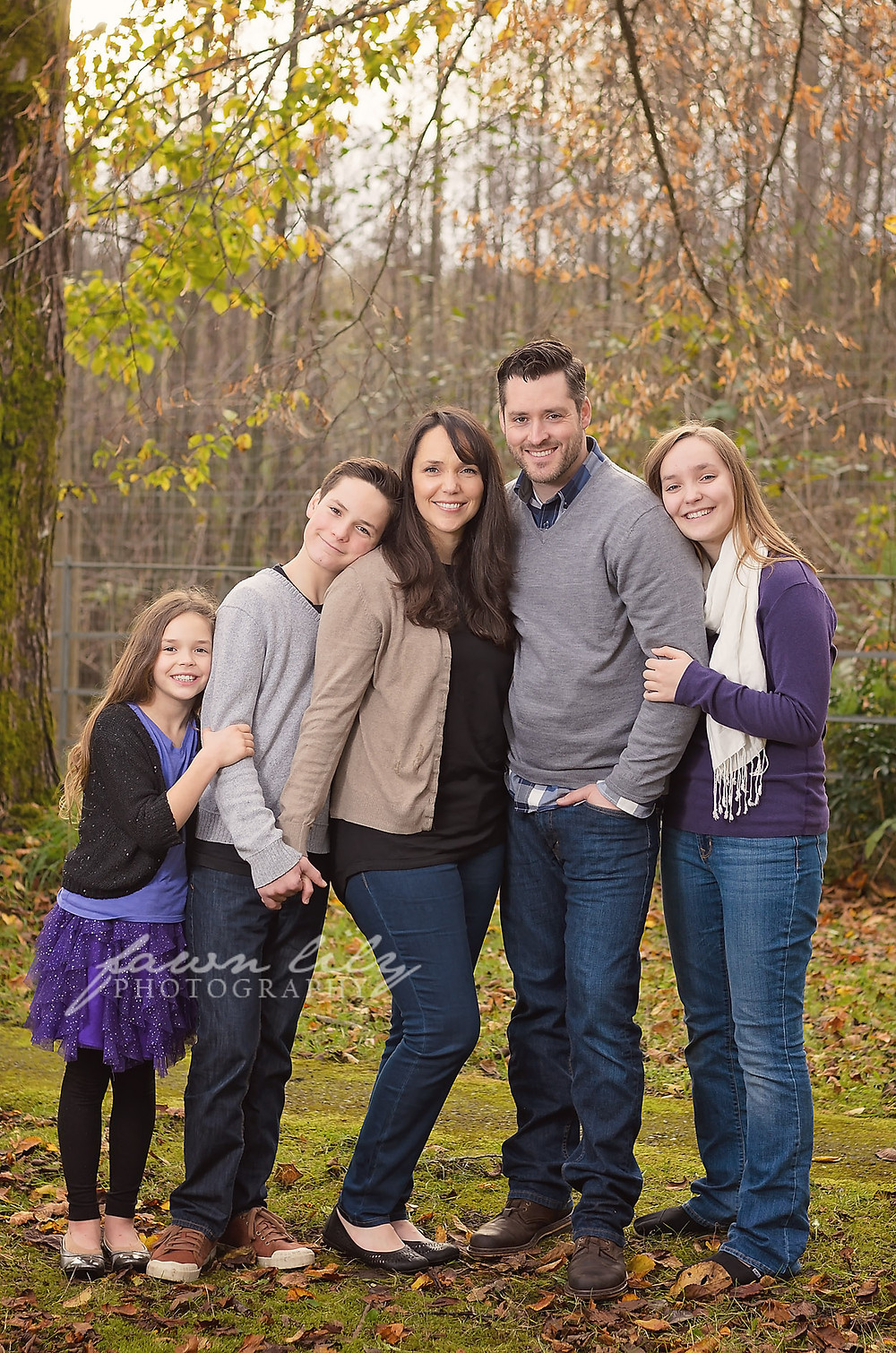 Family Portrait by Sidney Photographer Fawn Lily Photographer at Royal Roads