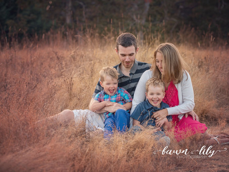 3 Tips for Natural & Beautiful Family Photos - Victoria BC Family Photographer