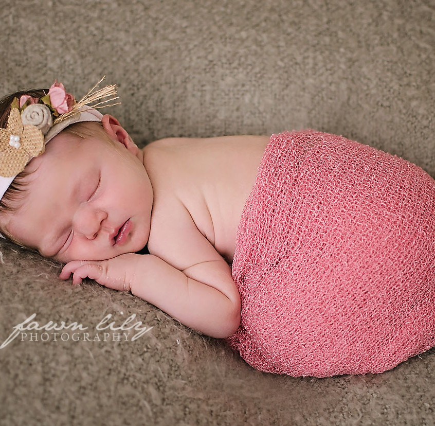 Fawn Lily Photography Newborn 11