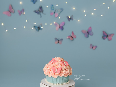 Cake Smash and Splash with Victoria BC Photographer - Fawn Lily Photography