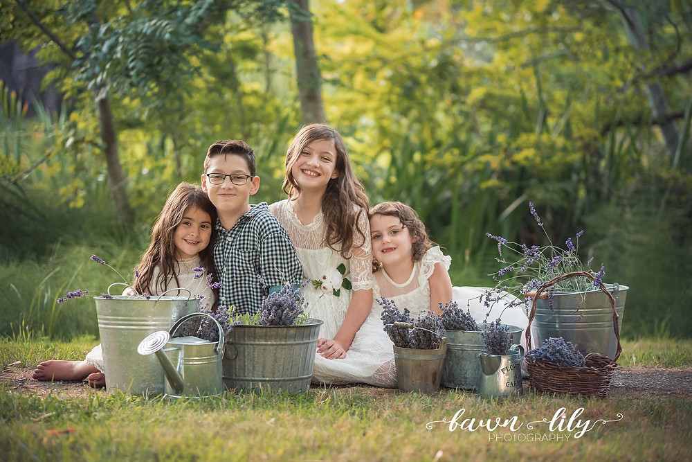 Victoria BC Family Photographer, Fawn Lily Photography, Hatley Castle, What to Expect from you Family Photo Session