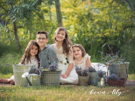 What to Expect from your Family Photo Session with Fawn Lily Photography - Victoria BC Family Photog