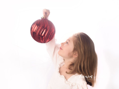 Christmas Traditions with Victoria BC Photographer