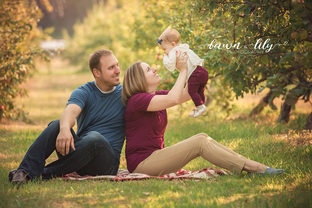 Family Session in an Apple Orchard, Family Photography