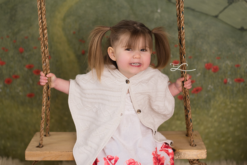 Children's Fair, Wind and Willows, Swing Mini Sessions, Victoria BC Photographer, Girl on a swing