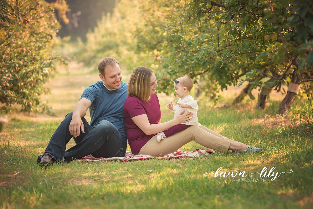 Photo session in an apple orchard, Family Photography, Sidney BC Photographer, Victoria BC Family Photographer