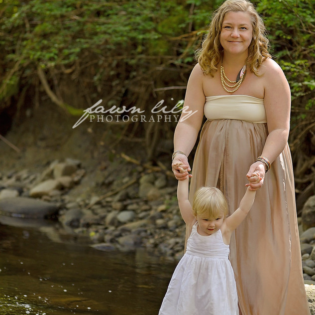 Fawn Lily Photography Maternity 31