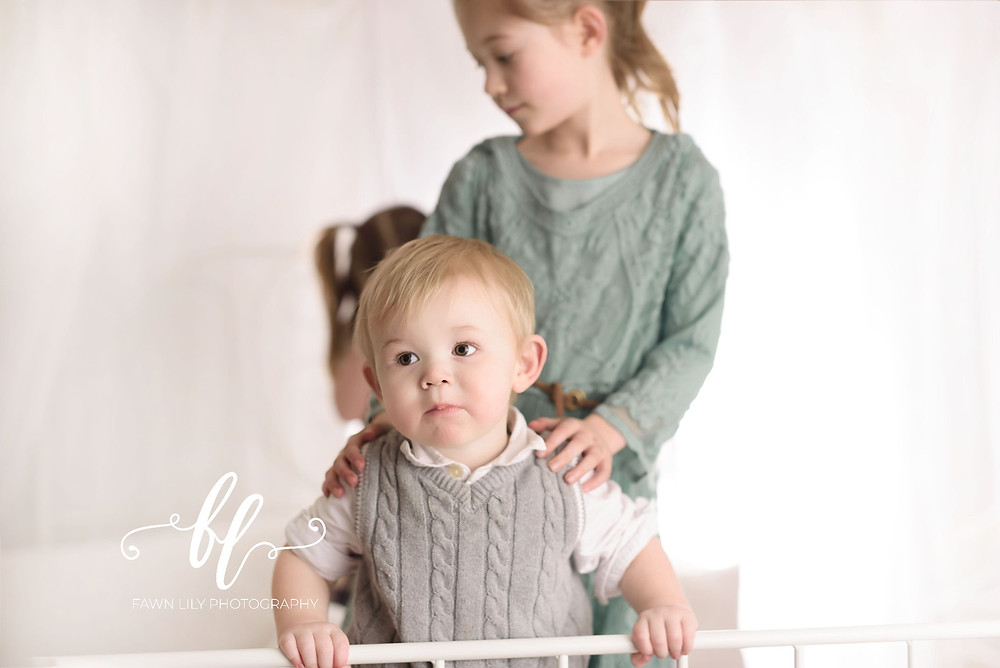 how to pick a colour scheme for family photos, victoria bc family photographer