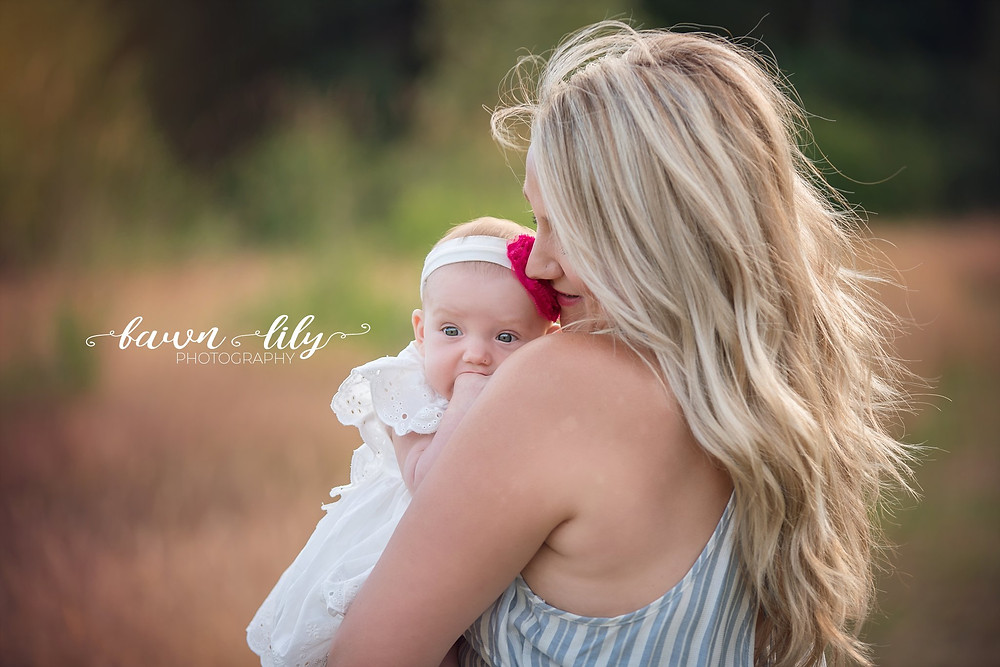 fawn lily photography, how to look good in photos, making mom look good, victoria bc family photographer