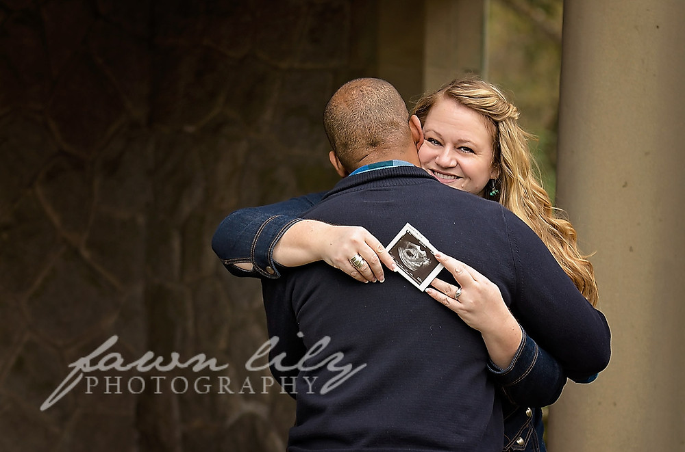 Fawn Lily Photography Sidney BC Photographer Pregnancy Announcement Session