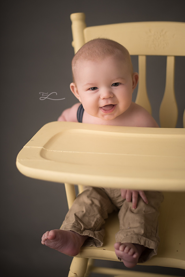 Baby Smiles, 5 months old baby boy, Victoria BC Kid's Photographer, Victoria BC Baby Photographer, Milestone Sessions, Sidney BC Photographer, Victoria BC Mom Blogger