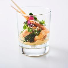 Große Variation von Feinkost im Glas