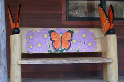 Alonzo Montoya Chainsaw Carved Bench 10.JPG