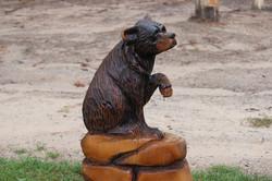 Alonzo Montoya Chainsaw Carved Bear 8.JPG