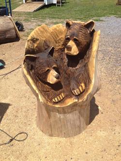 Alonzo Montoya Chainsaw Carved Bear 9.jpg