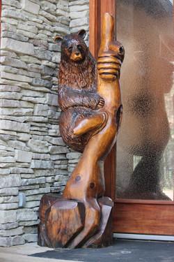 Alonzo Montoya Chainsaw Carved Bear 1 .JPG
