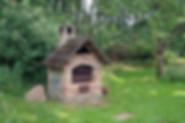 hut-2246158_640.jpg