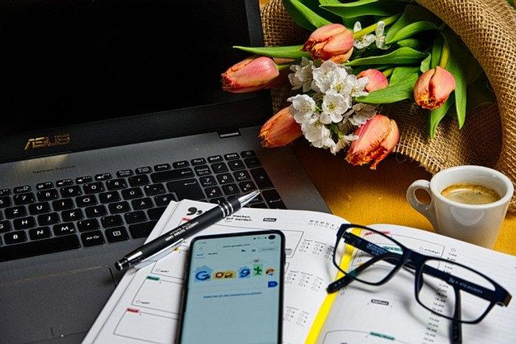 home-office-5000280_640.jpg