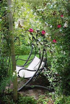 garden-bench-478517_1280.jpg